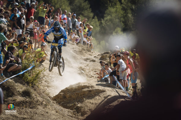 Sam Hill made this gap to off camber look absolutely effortless. Unfortunately the rest of his day didn't go to plan.